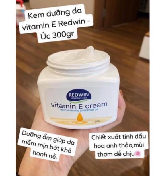 Kem dưỡng da Redwin Vitamin E Cream có khả năng dưỡng da và giữ ẩm rất tốt