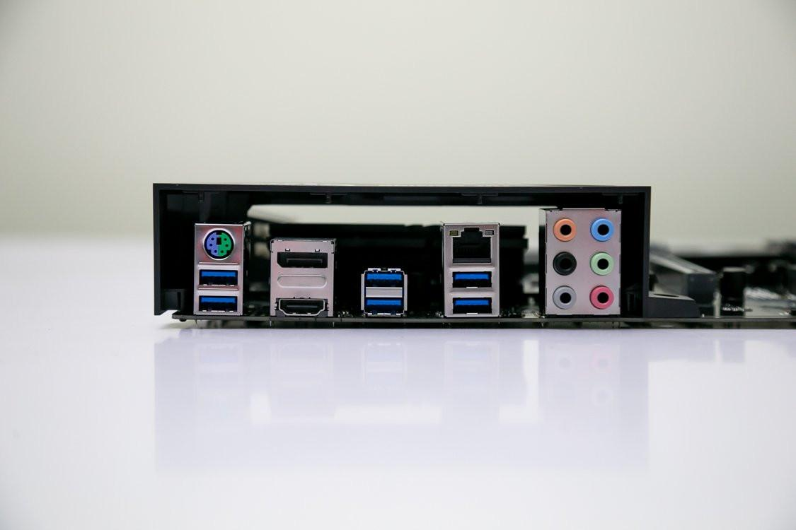 Mainboard ASUS TUF GAMING B460-PLUS (Intel B460, Socket 1200, ATX, 4 khe Ram DDR4)
