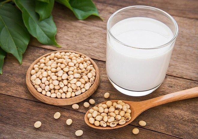 Người gầy có nên uống sữa đậu nành không?