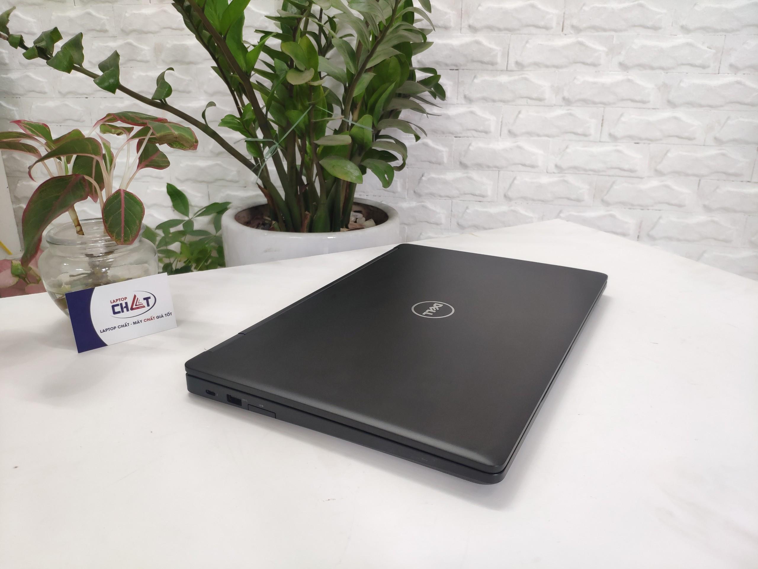 Dell-Precision-3520-3