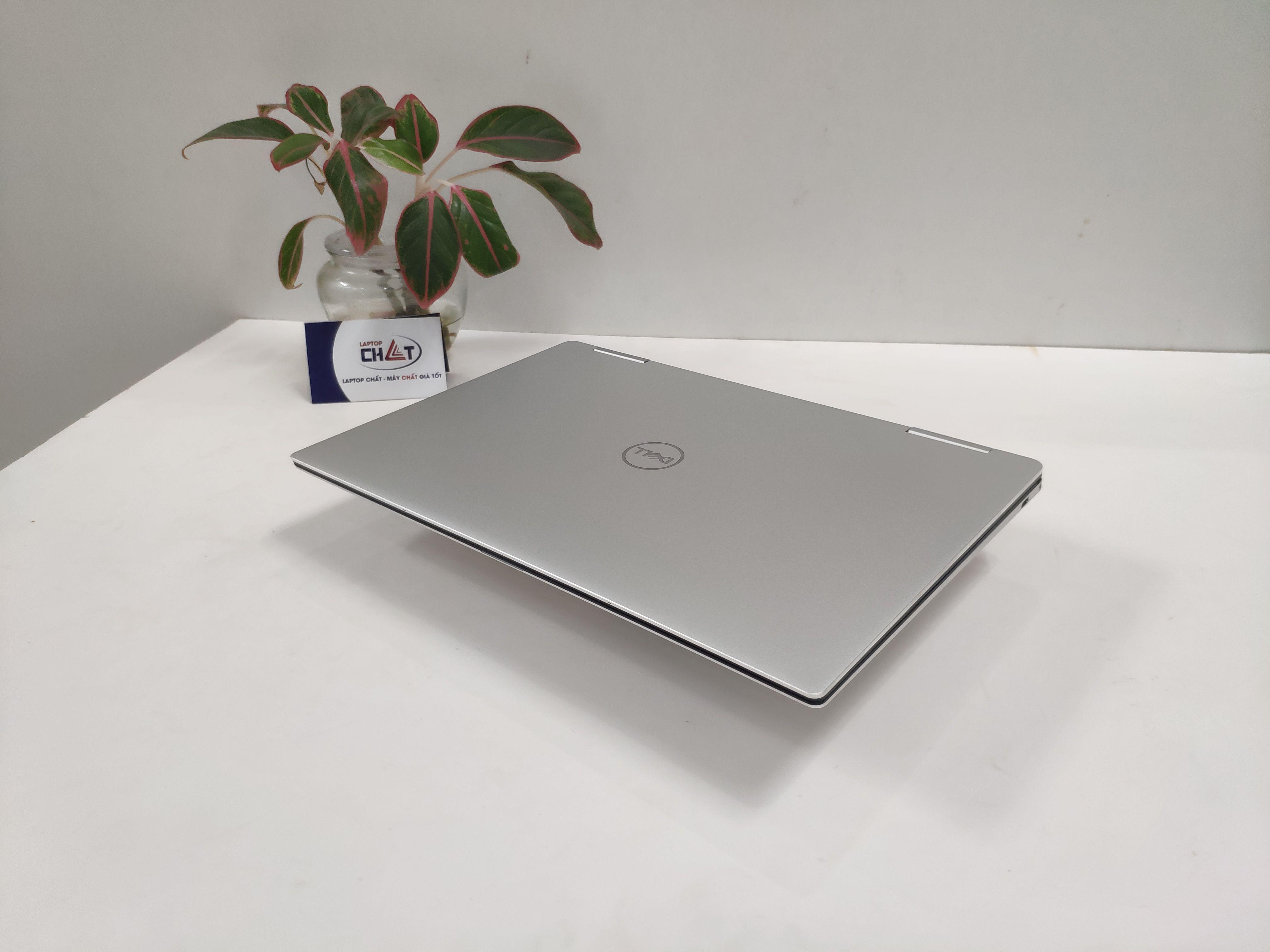 Laptop Dell XPS 7390