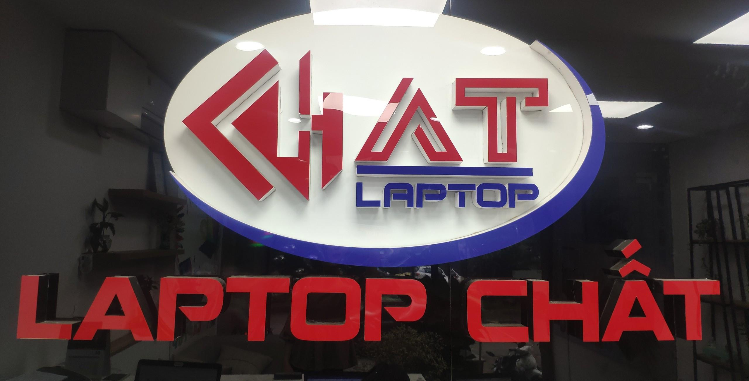 laptop-chat-lua-dao