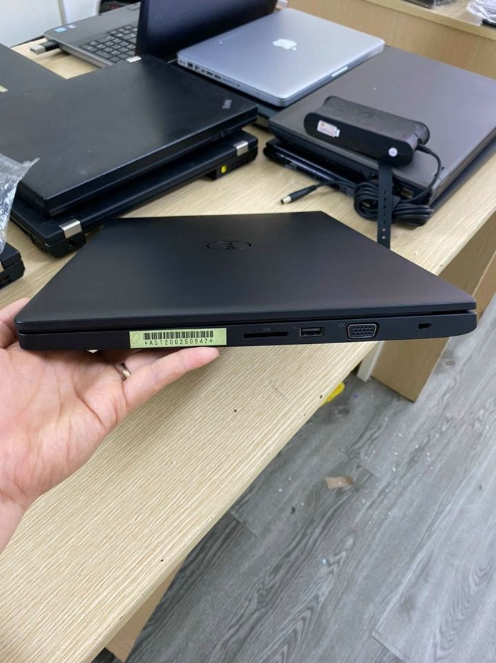 Laptop Cũ Dell Latitude E3570 - Intel Core i5