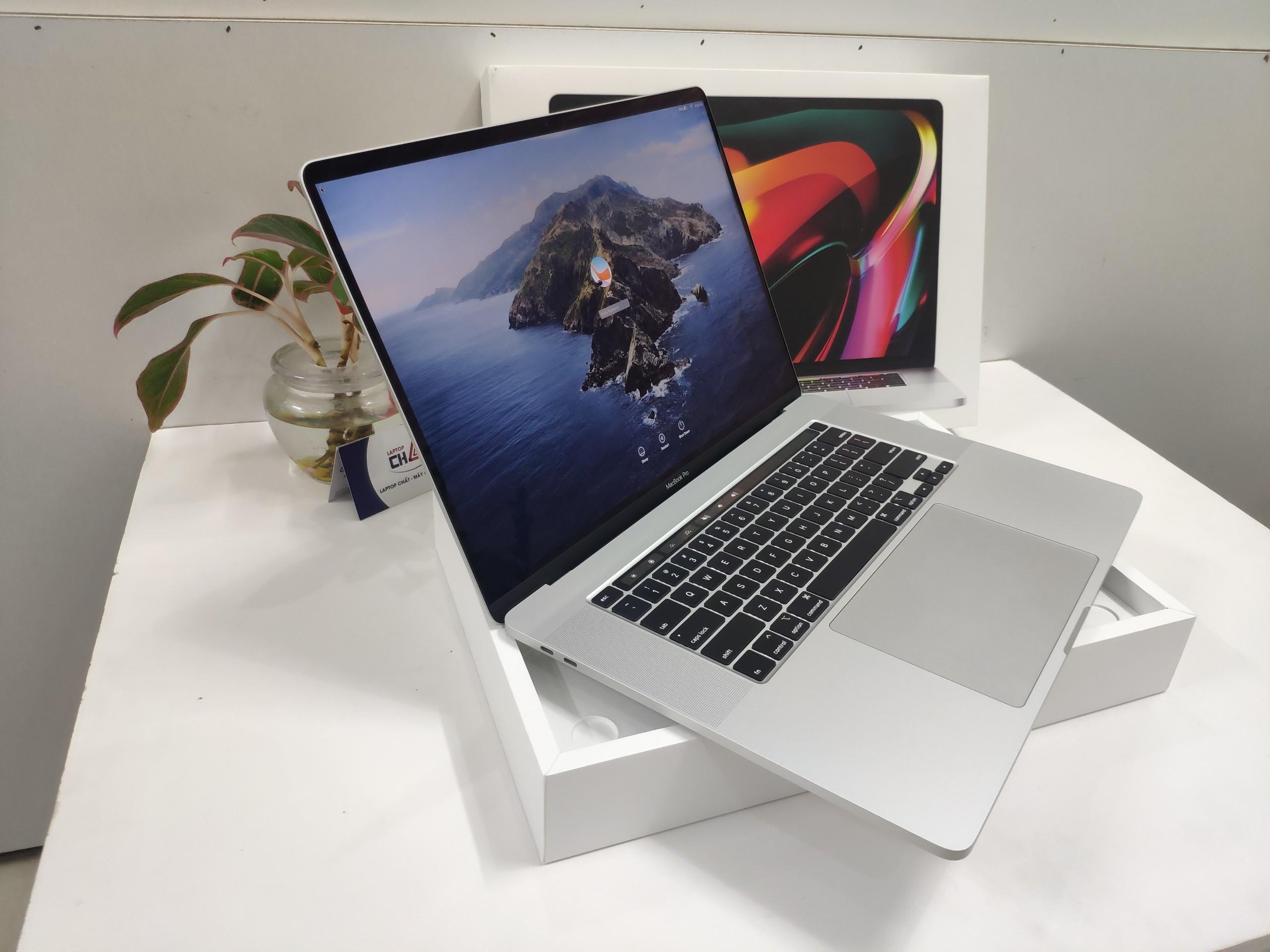 MacBook Pro 2019 CoreI9 2.4Ghz / 64GB / 2TB / AMD 5500M 8GB