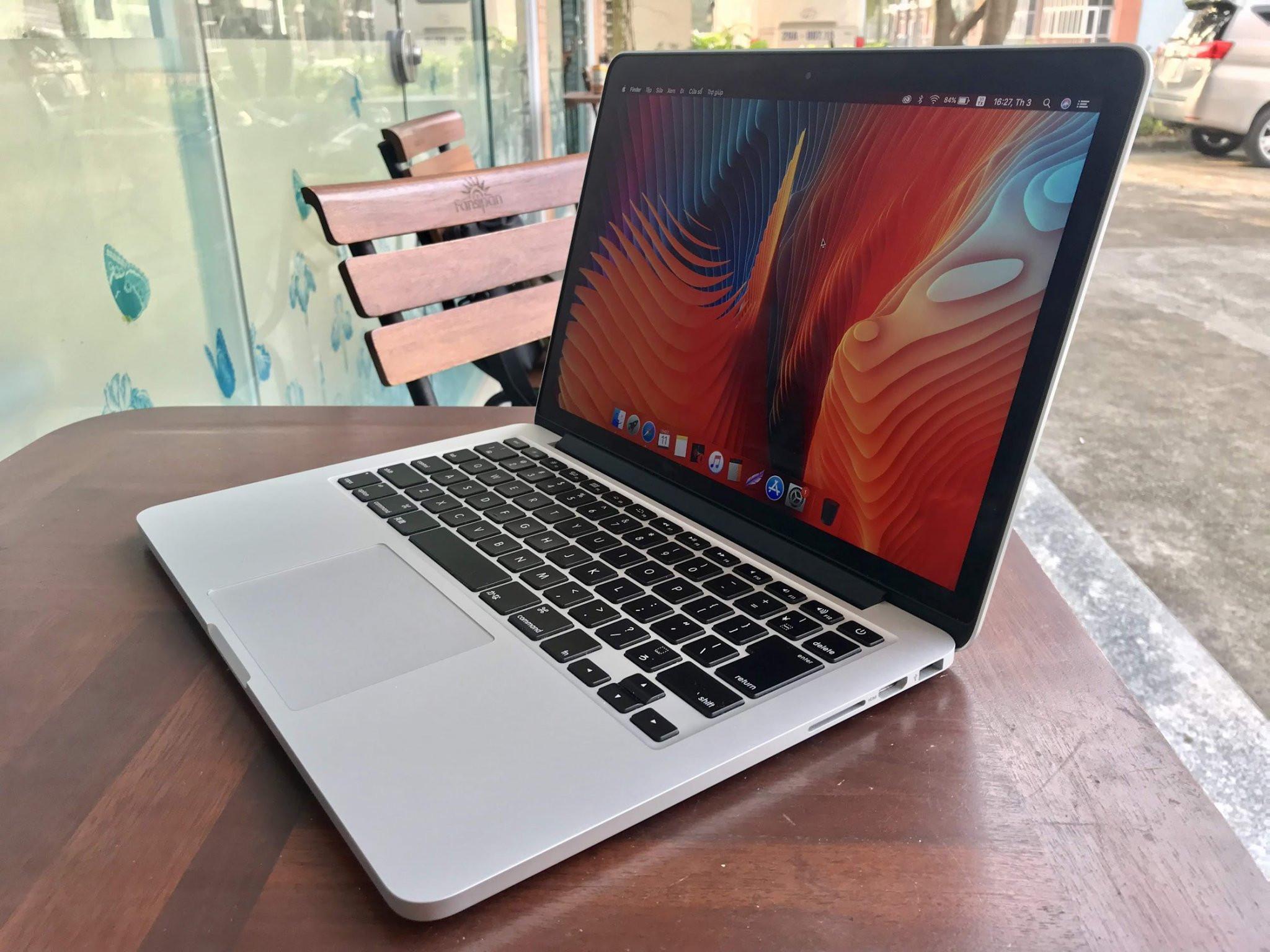 "Macbook Pro 2015 13"", Core i5/8Gb/128GB"