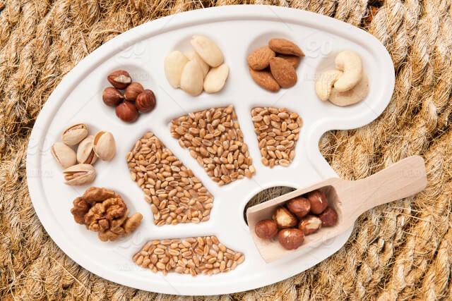 Ngũ cốc cung cấp lượng vitamin nhóm B mà cơ thể cần giúp làn da bạn luôn được trắng đẹp mịn màng