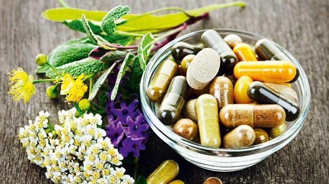 Vitamin tuy có nhiều tác dụng tốt với sức khỏe nhưng cũng cần được được sử dụng đúng liều lượng để tránh gây tác dụng không mong muốn