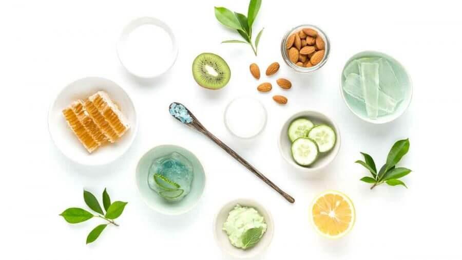 Những loại kem dưỡng da chứa càng nhiều nguyên liệu từ thiên nhiên thì sẽ càng tốt cho sức khỏe của mẹ và bé
