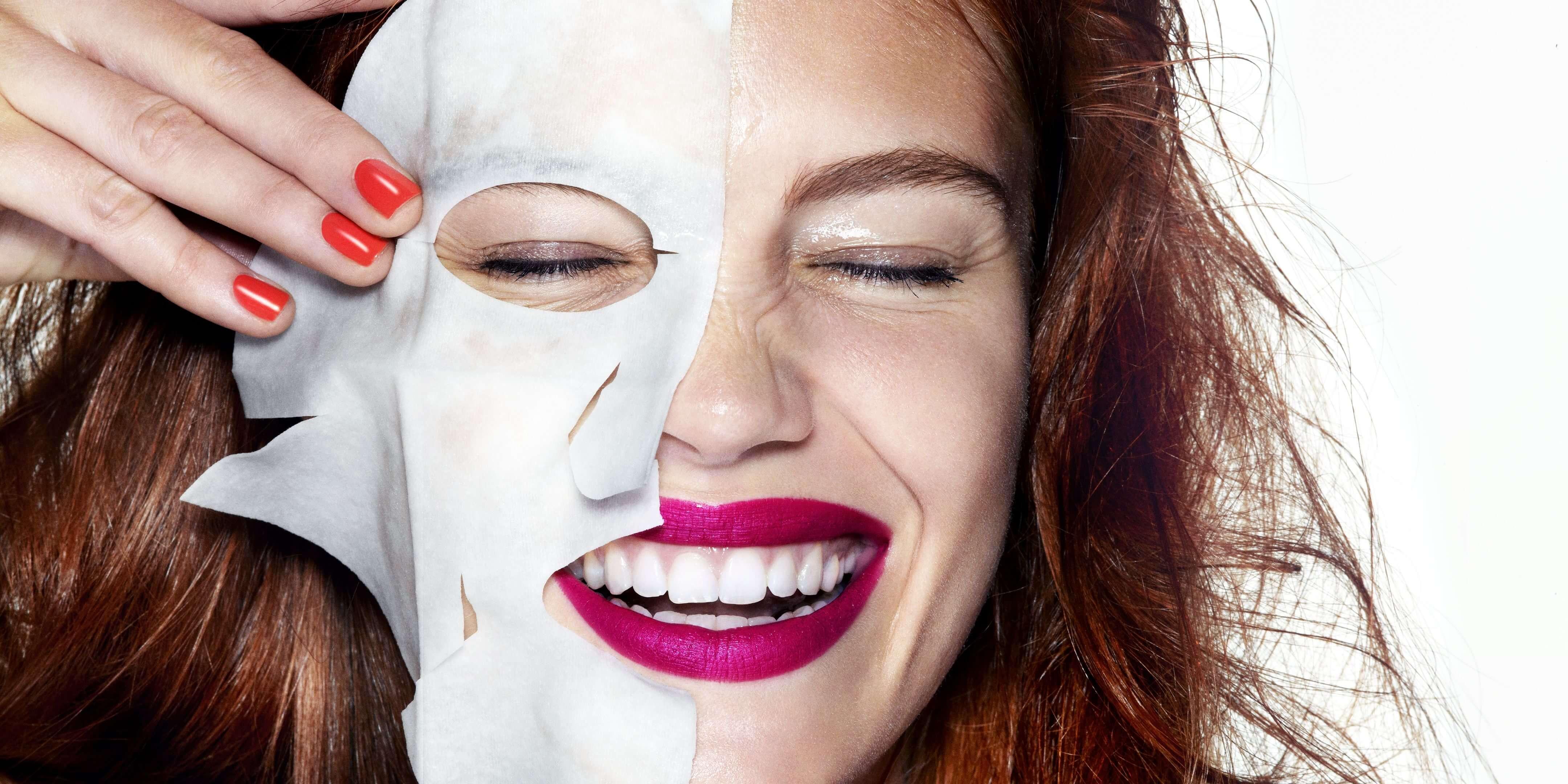 Mặt nạ cơ bản chỉ là một tờ giấy có đàn hồi cao, và được nhúng trong cách hợp chất dinh dưỡng