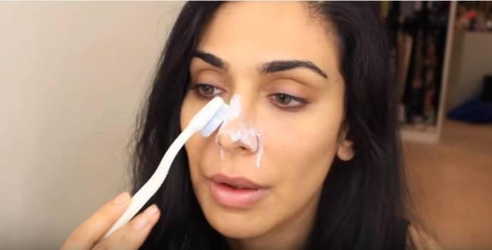 Có nên rửa mặt bằng kem đánh răng hay không vẫn là chủ đề gây tranh cãi trên cộng đồng mạng