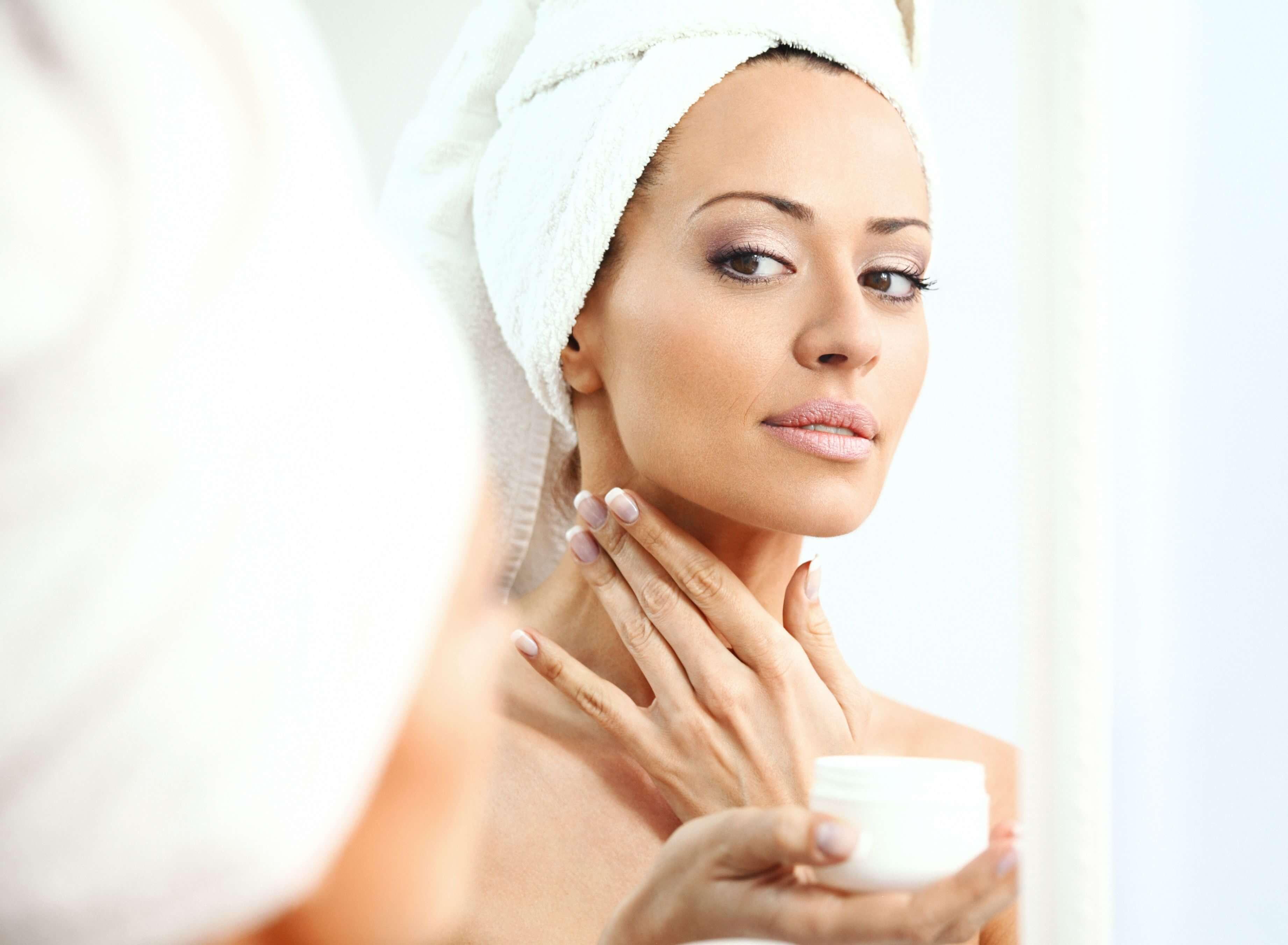 Glycerin là chất có khả năng tẩy rửa nhưng không làm khô da, điều mà xà phòng công nghiệp không thể có